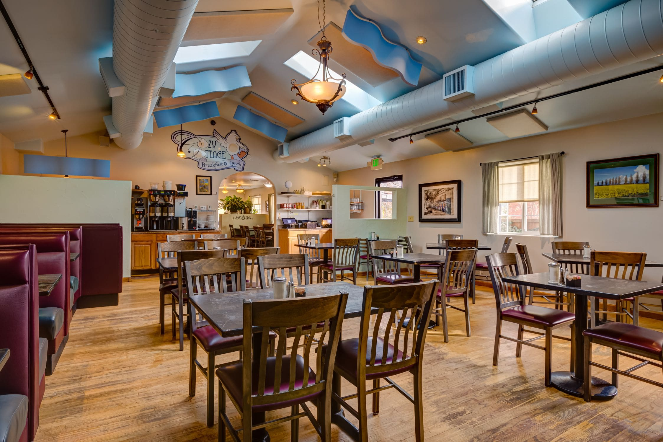 Cozy-Cottage-Restaurant-Denver-0005-min